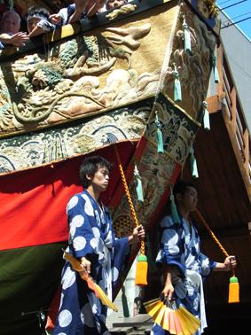 祇園祭 山鉾巡行_a0111125_1745047.jpg