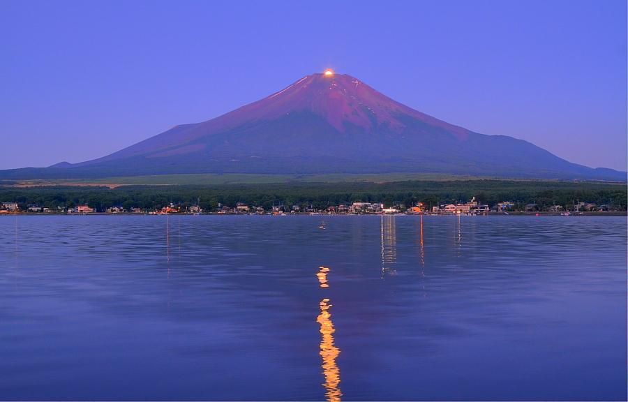 パール富士・山中湖村_a0150260_1205874.jpg