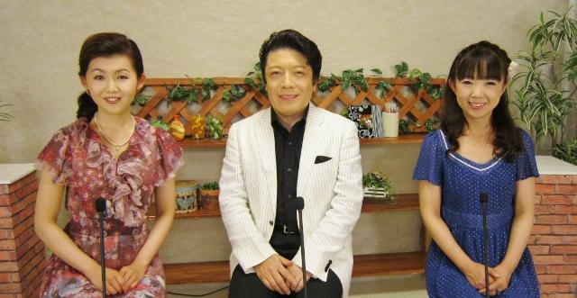 小桜舞子の微笑歌謡曲・酒慕情_b0083801_1263251.jpg