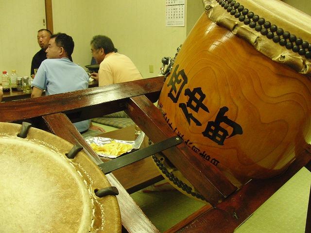 祭りを通じて伝統、コミュニティを守り、育てる西仲町_f0141310_73066.jpg