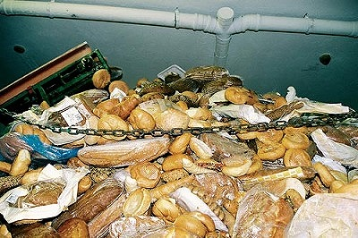 「もったいない」から考える世界の食糧事情、売れ残ったパンで世界の子どもたちを救う?_e0105047_1839667.jpg