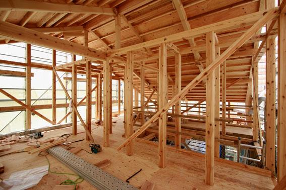 J-パッシブハウス北上:屋根断熱支持垂木、ウッドファイバーファイバー_e0054299_16435136.jpg