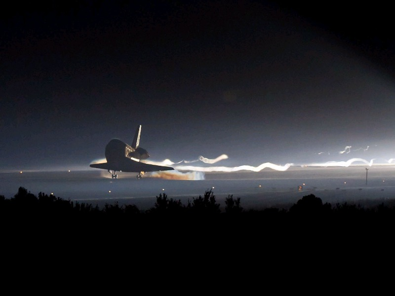 Space Shuttle Atlantis came back. _c0128818_11174893.jpg