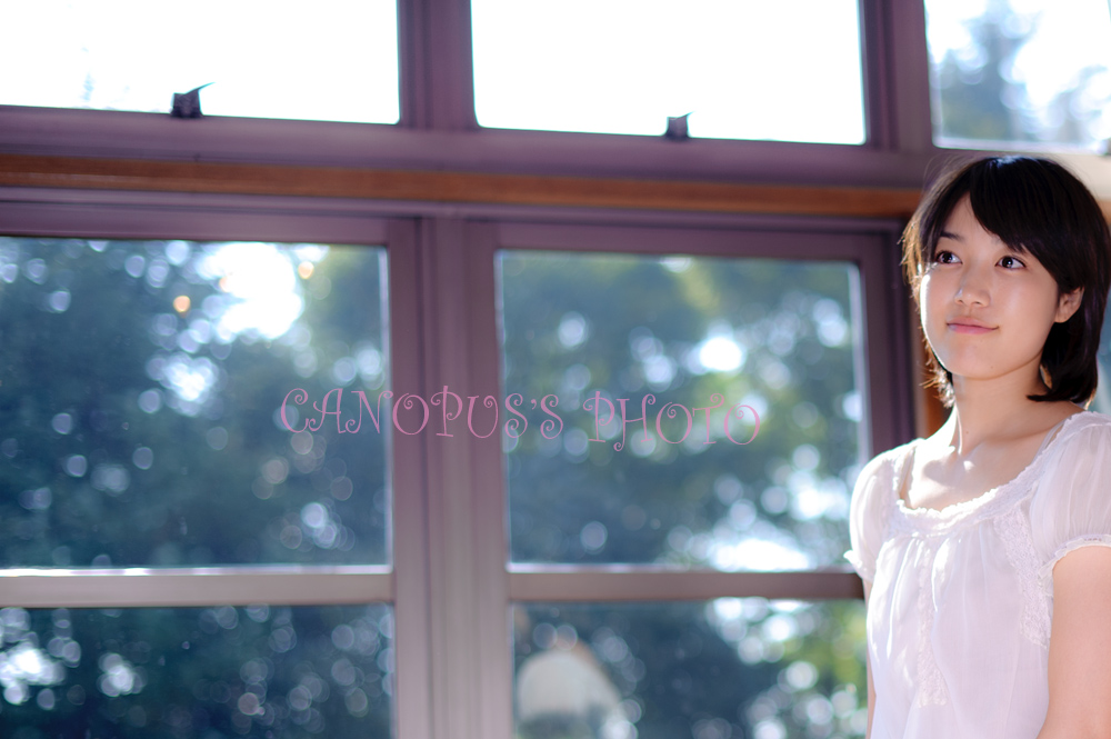 窓ガラスを通り抜けたその光_e0196140_21391252.jpg