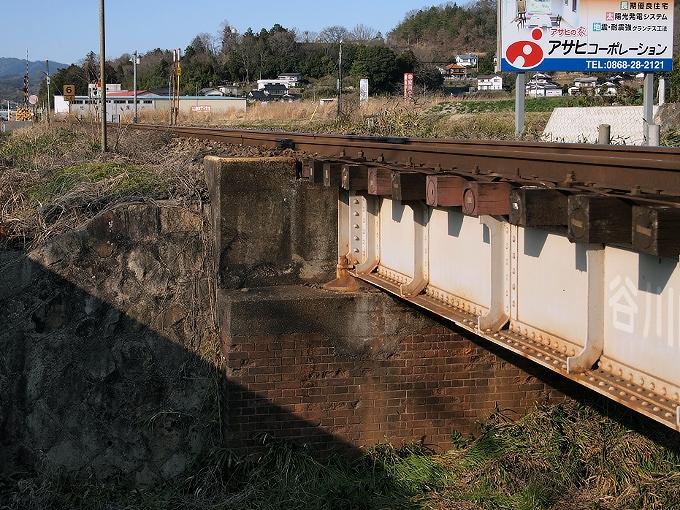 津山線の橋梁その1_f0116479_2163458.jpg
