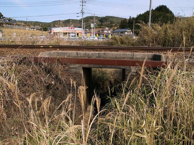 津山線の橋梁その1_f0116479_22193227.jpg