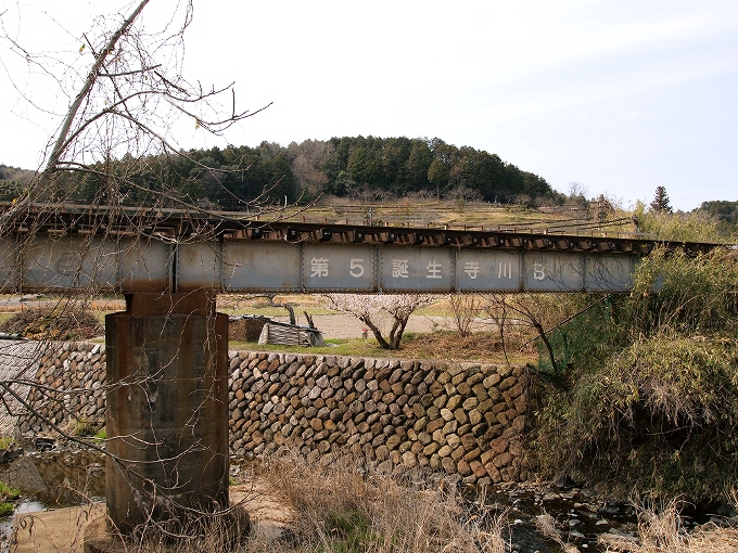 津山線の橋梁その1_f0116479_22303464.jpg