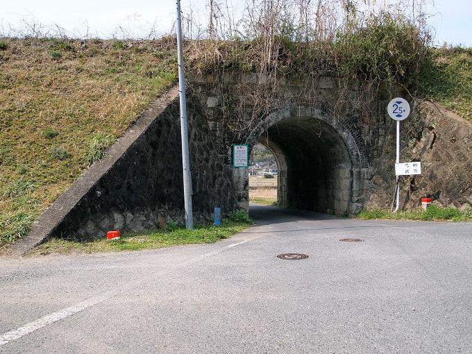 津山線の橋梁その1_f0116479_2243525.jpg