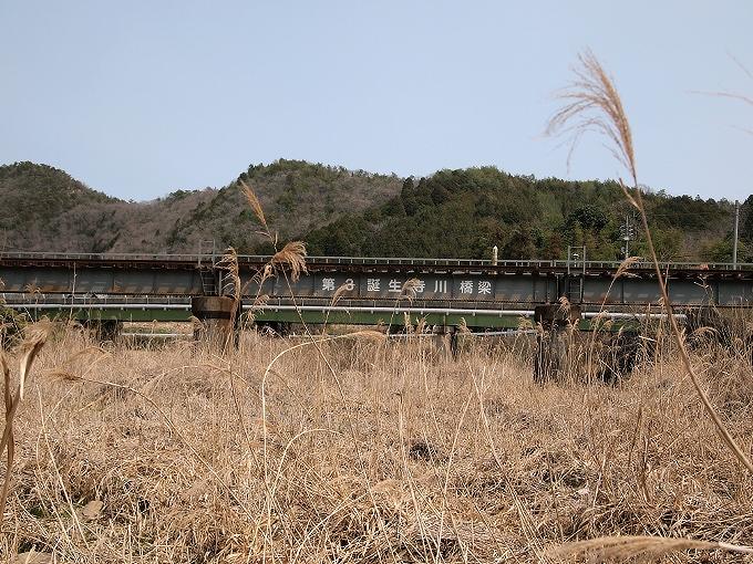 津山線の橋梁その1_f0116479_22504398.jpg