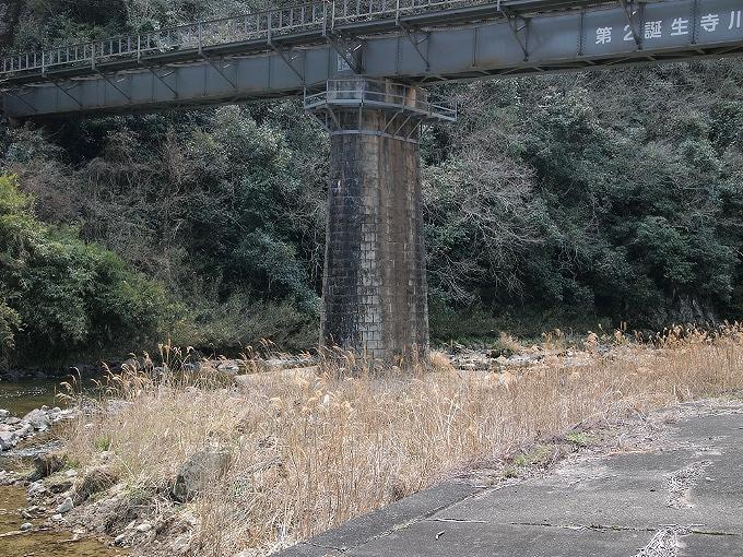 津山線の橋梁その1_f0116479_23435553.jpg