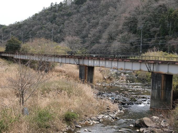 津山線の橋梁その1_f0116479_2346524.jpg
