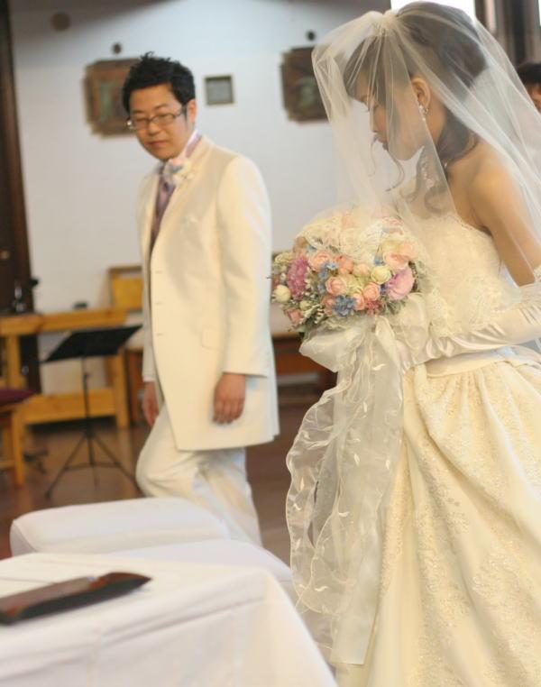 教会での挙式装花 しゃぼんだま カトリック豊島教会様へ_a0042928_1970100.jpg