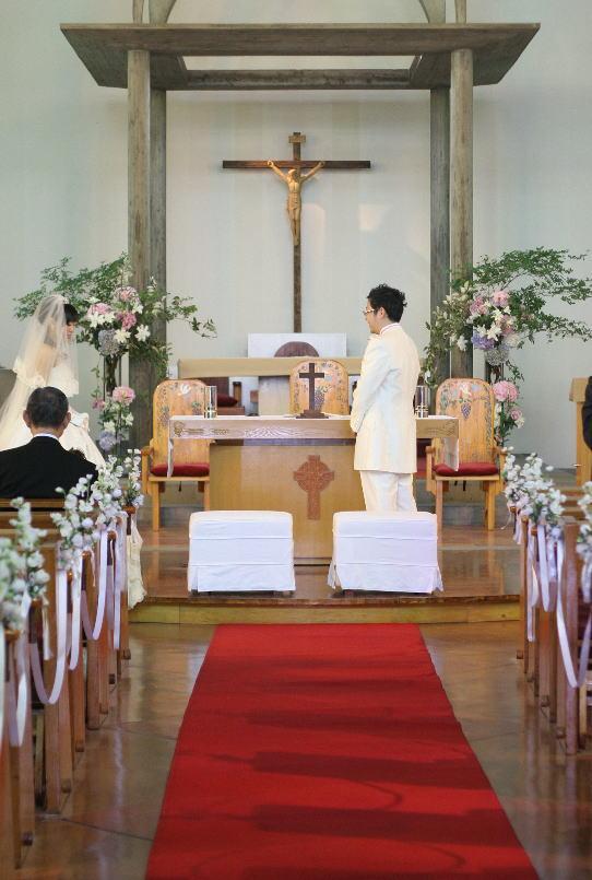 教会での挙式装花 しゃぼんだま カトリック豊島教会様へ_a0042928_197196.jpg