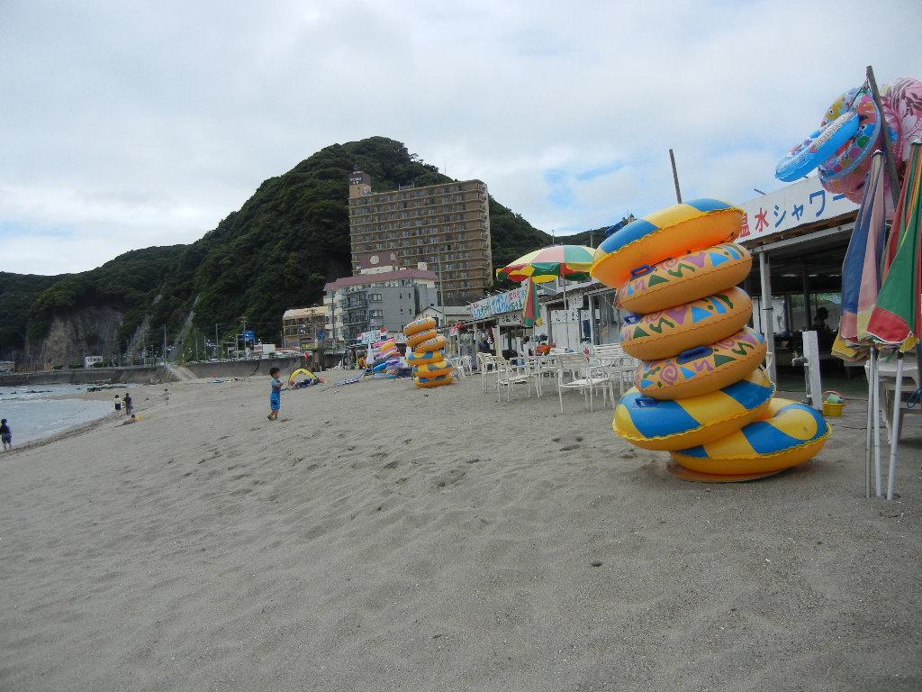 7月23日(土)海開きしたけれど・・・_f0060461_20541091.jpg