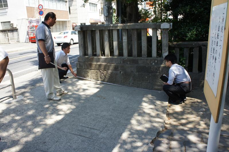 松戸神社様 参道改修工事  2011.7.15_e0223769_21271755.jpg