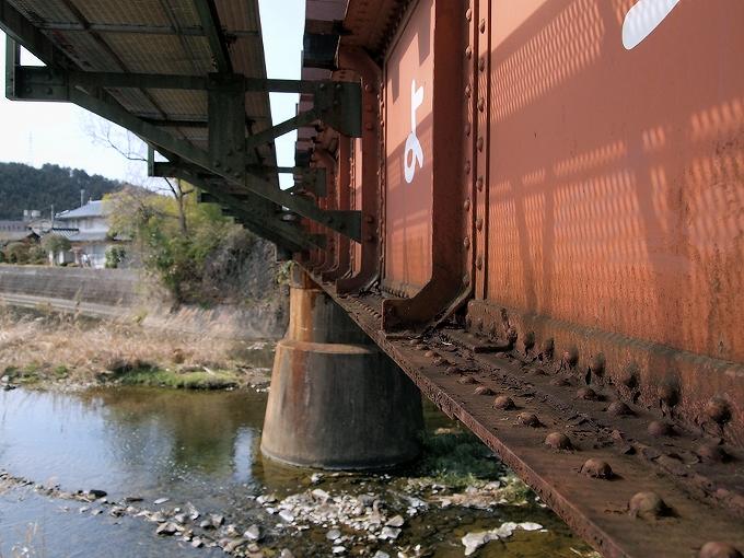 津山線の橋梁その1_f0116479_0122797.jpg