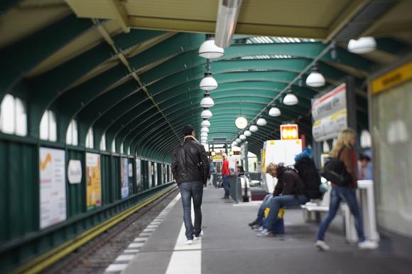終日雨のベルリン/モダンタイムス_c0180686_1939734.jpg