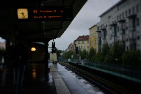 終日雨のベルリン/モダンタイムス_c0180686_19452744.jpg