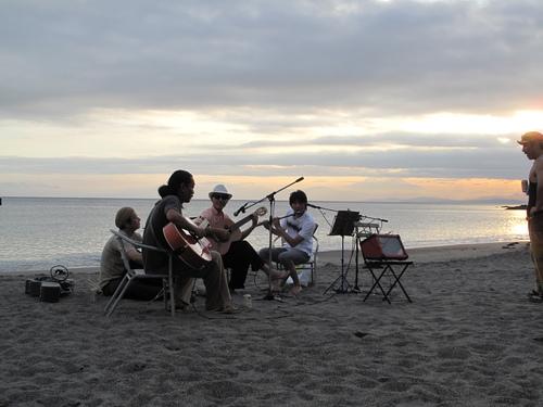 Beach party & Sunset_d0150720_81839.jpg