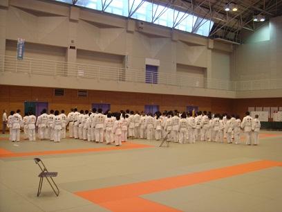 中体連柔道競技の部がスタート_d0010630_0574918.jpg