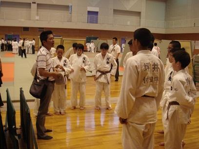 中体連柔道競技の部がスタート_d0010630_127082.jpg
