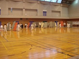 中体連柔道競技の部がスタート_d0010630_1335984.jpg