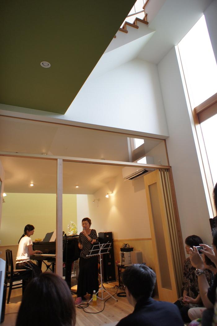 「ピアノの家」OPEN ! _e0189939_2015222.jpg