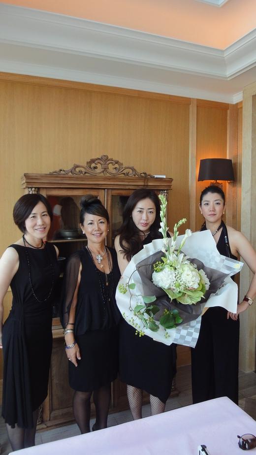 Motomi\'s Birthday at Princessroom @Benoit Osaka_f0215324_10304654.jpg
