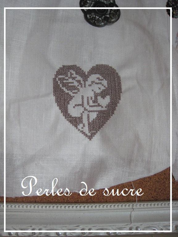 天使の刺繍_f0199750_10543399.jpg
