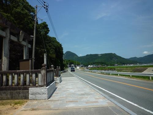 若八幡神社(2) 神夏磯媛と香春岳と新羅_c0222861_16104079.jpg