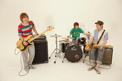 秀吉、新作PV「花かざぐるま」公開!_e0197970_1504227.jpg
