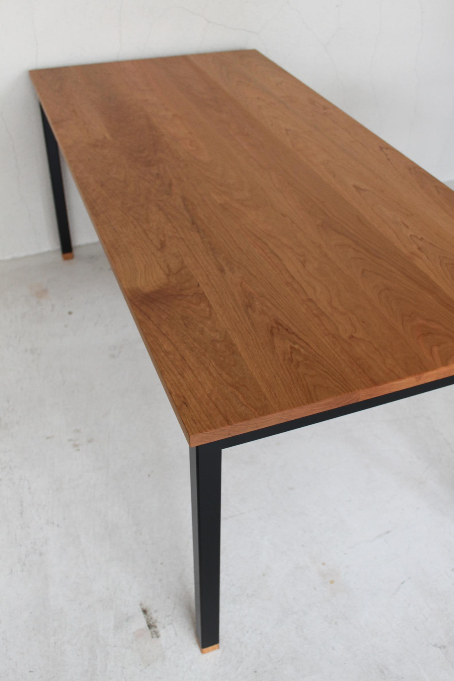 WB DINING TABLE_c0146581_14573958.jpg
