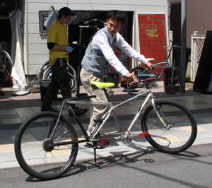 上古町の新しいハンバーグ屋さんとおしゃれな自転車屋さん_d0178448_1053162.jpg