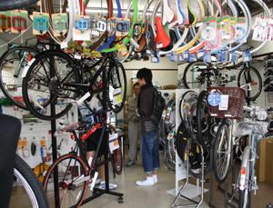 上古町の新しいハンバーグ屋さんとおしゃれな自転車屋さん_d0178448_10583567.jpg