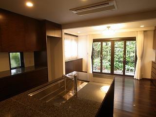 食堂の増築 キッチンセットのリノベーション_f0059988_11255451.jpg