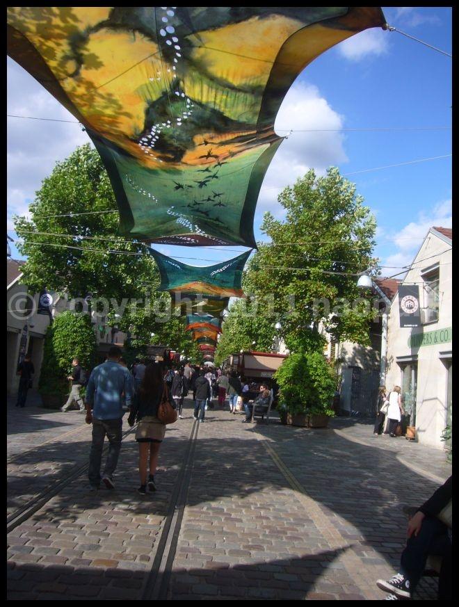 【街角のキャフェ・レストラン】Bercy Village Paris_a0014299_21432824.jpg