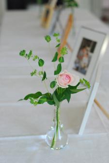 旧古河邸様ウェディング バラの季節のアンティークテイスト会場装花2 レセプションとウェイティングルーム_a0115684_15211945.jpg