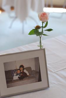 旧古河邸様ウェディング バラの季節のアンティークテイスト会場装花2 レセプションとウェイティングルーム_a0115684_15213822.jpg