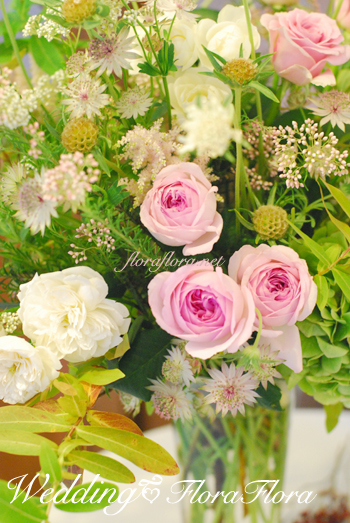 旧古河邸様ウェディング バラの季節のアンティークテイスト会場装花2 レセプションとウェイティングルーム_a0115684_190158.jpg