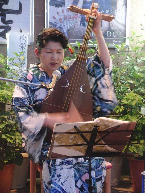 吉原身代わり地蔵尊と初めて聴いた「琵琶」の音_f0141310_7375193.jpg