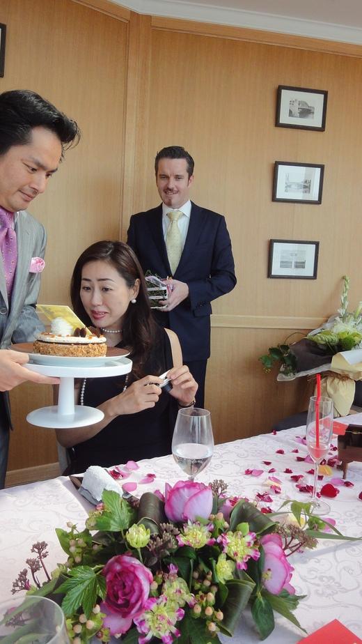 Motomi\'s Birthday at Princess room@Benoit Osaka Part 2_f0215324_1295973.jpg