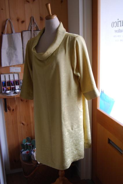 着物リメイク・ロールカラーのワンピース_d0127925_1784028.jpg