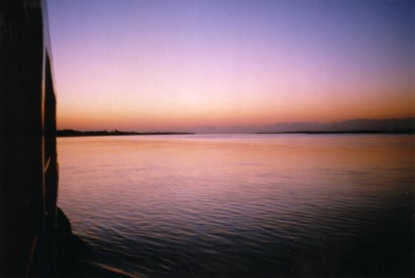 イラワジ川の船上から_b0131470_21204390.jpg