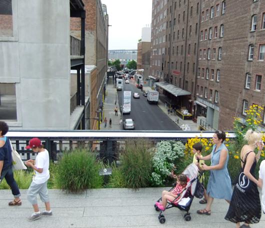 空中散歩で楽しむニューヨークのギャラリー街_b0007805_22311340.jpg