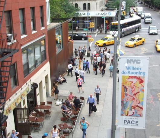空中散歩で楽しむニューヨークのギャラリー街_b0007805_2232285.jpg