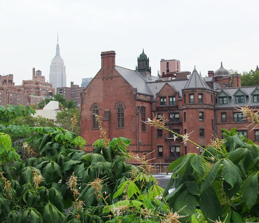 空中散歩で楽しむニューヨークのギャラリー街_b0007805_2252524.jpg