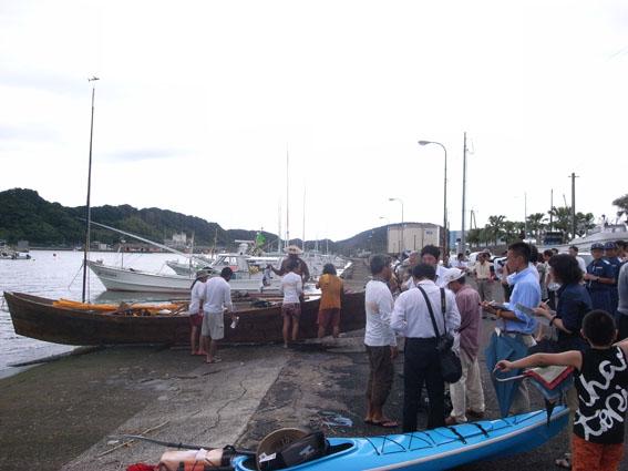 沖縄からサバニに乗って_d0225420_1253285.jpg