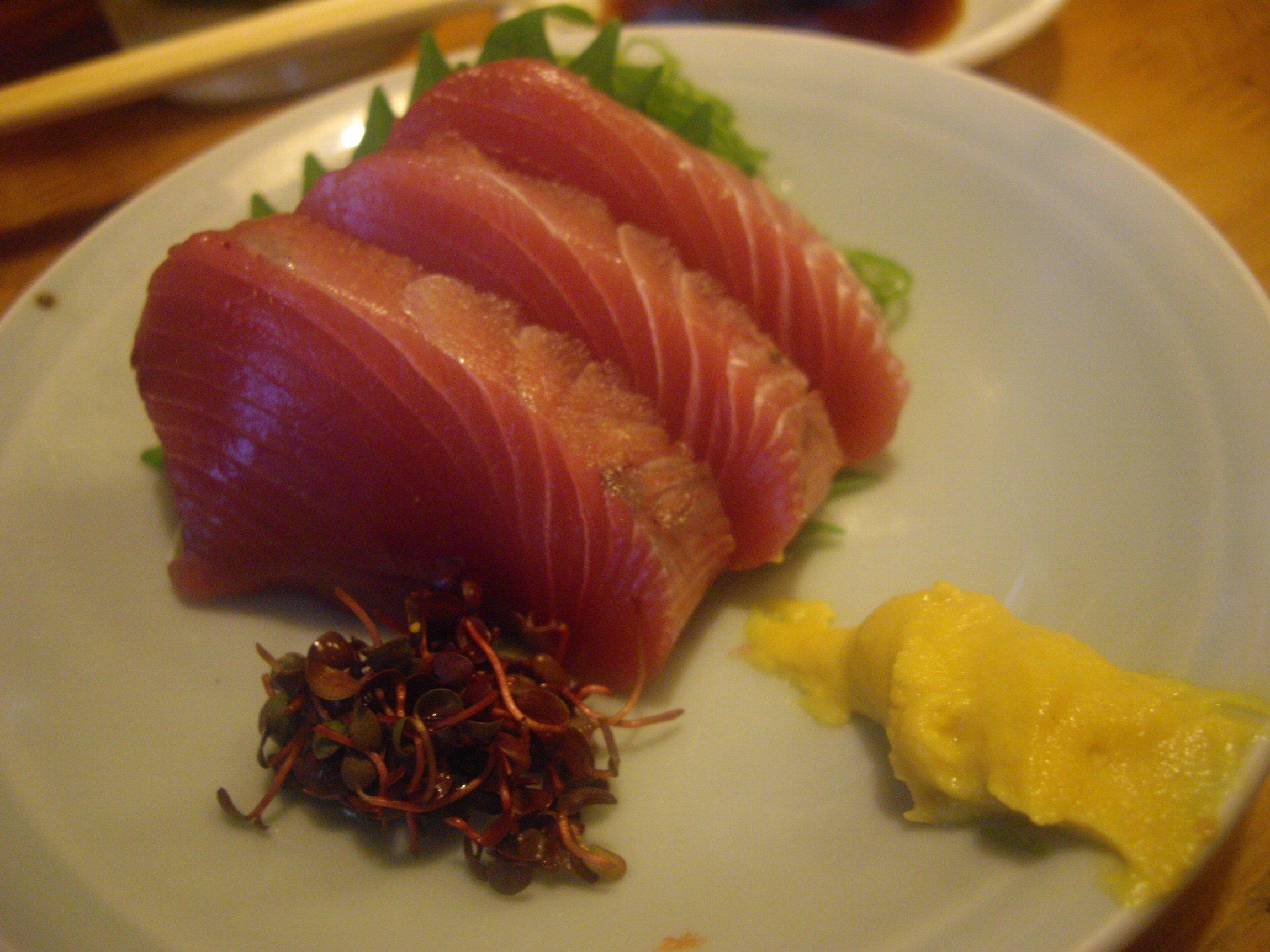割烹料理が安く堪能できる立ち飲み、北千住『徳多和良』_d0223663_9224665.jpg