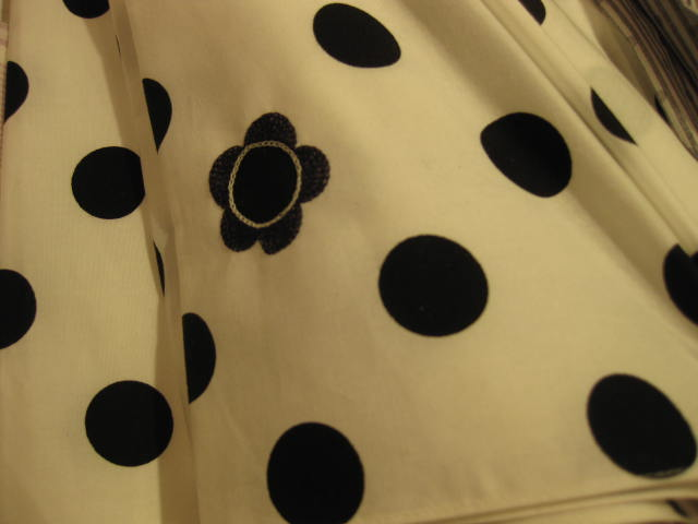傘のおまけは刺繍_b0184796_16503059.jpg