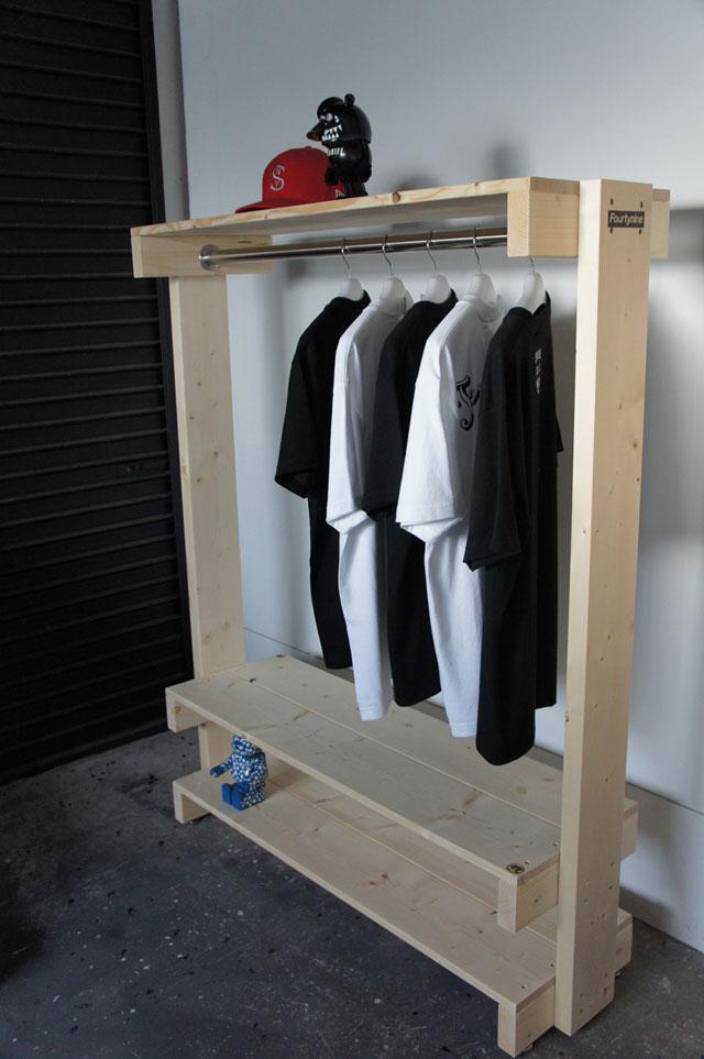 Clothing Rack_a0161631_1755049.jpg
